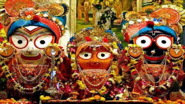 আজ উল্টো রথযাত্রা উৎসব : নিজ মন্দিরে ফিরবেন জগন্নাথ